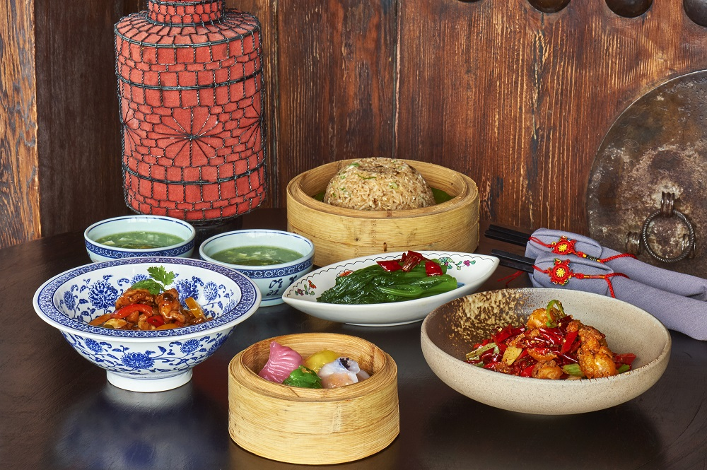 LR - Hutong Experience Lunch