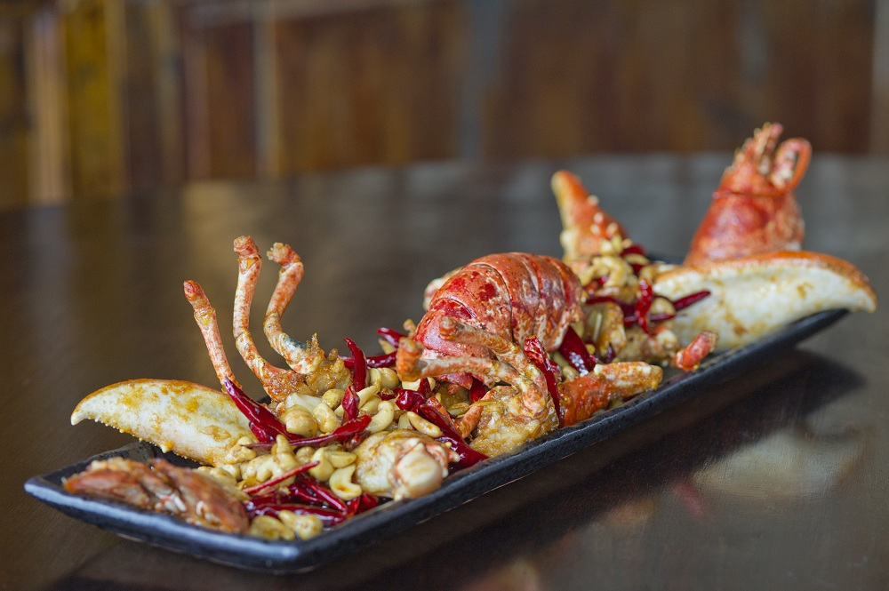 Hutong Kung-Po style whole lobster_LowRes